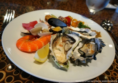 Good stuff - Fresh Oysters, Prawns and other cold appetizers