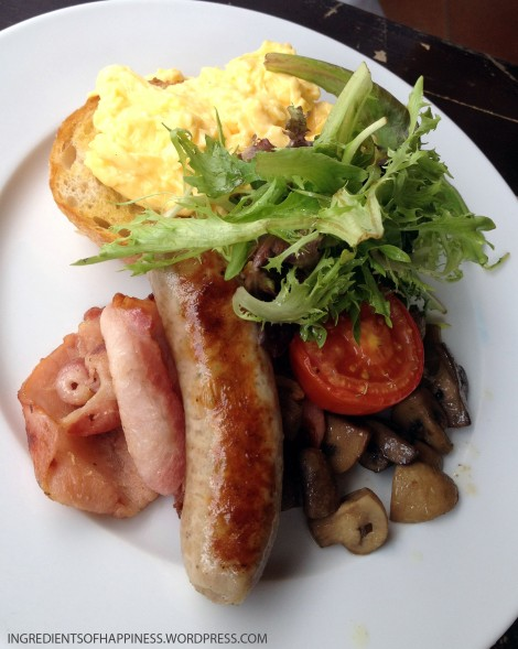 'The Works' breakfast at Rider's Cafe