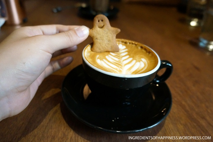 My skinny cappucino complete with little man biscuit