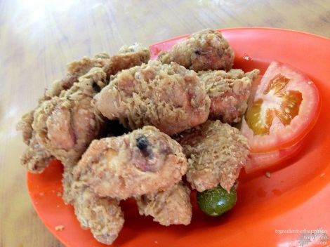 There's just something about fried prawn paste chicken...