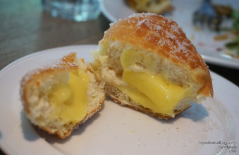 Creamy sugary bread thing