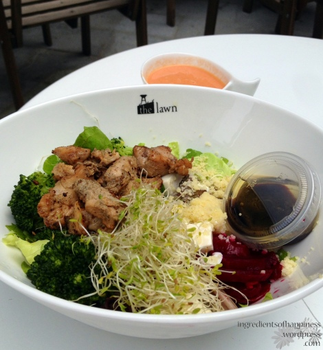 Grilled Infused Chicken with Broccoli, Alfafa, Beetroot, Tofu, and romaine lettuce