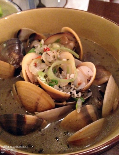 Close up of the delicious clams