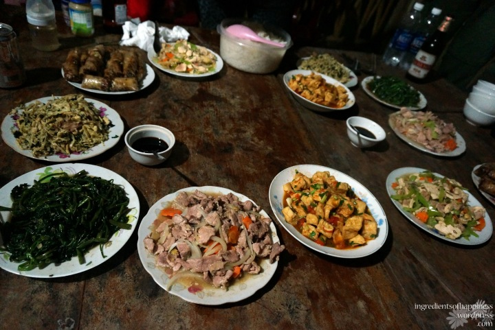 The dinner feast at our home stay