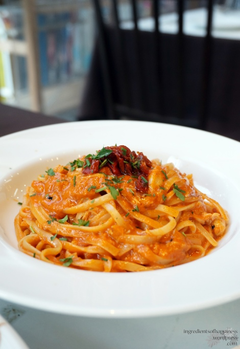 Bruno's juicy crabmeat linguine