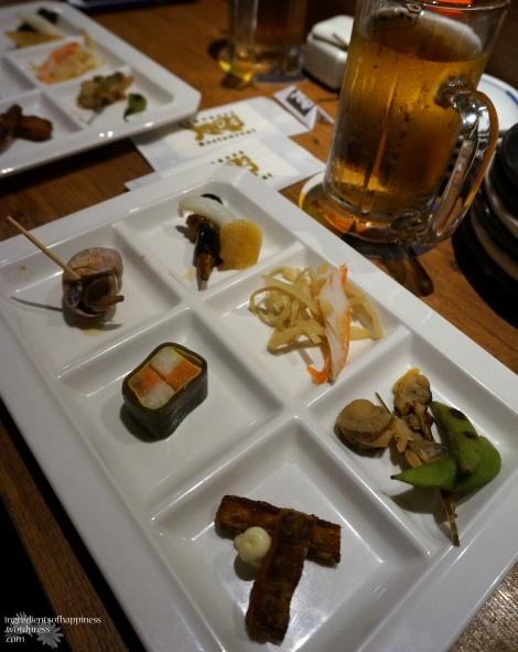 First dish to greet us - an intruiging appetizer platter