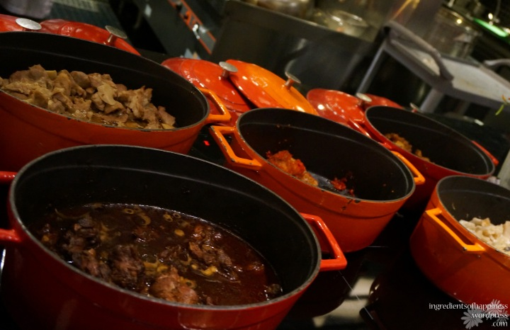 Pretty pots full of yummy foooood