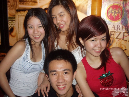 Blast from the past, a photo with my 'batch mates' back in 2006 when we've been dancing for barely 6 months I think...!