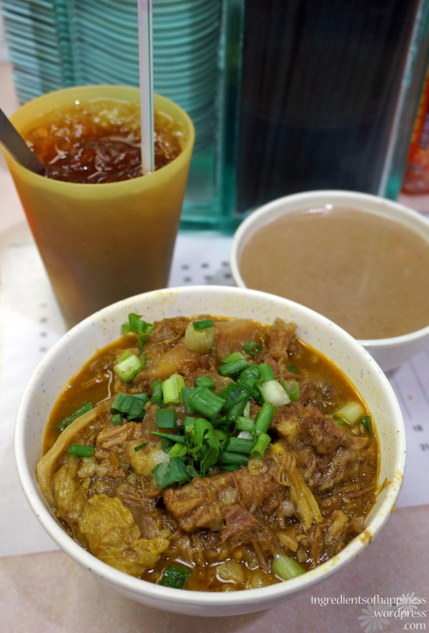 Kau Kee's glorious curry tendon noodles mmm