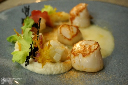 Norwegian hand-dived scallops, with a pretty (and tasty) garden on the side