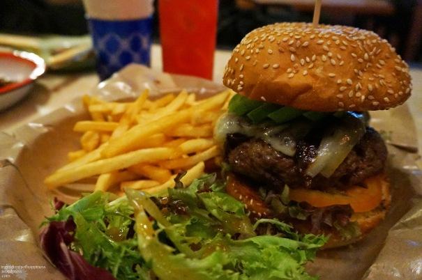 Suprette Burger 2