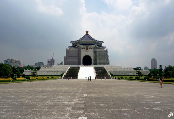Taipei - Chiang Kai Sek Hall.jpg